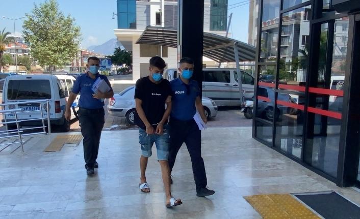 Alanya'da plaj hırsızı serbest kaldı