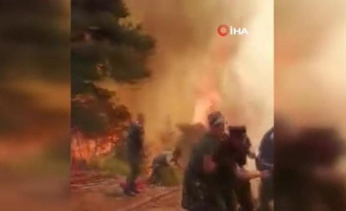 Azerbaycanlı ekipler yangında canla başla mücadele verdi! Alevlerin arasından böyle kurtuldular