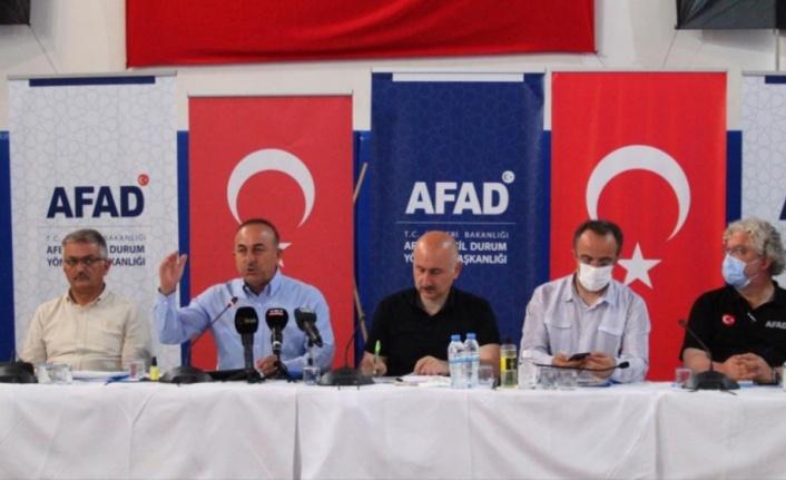 Bakan Çavuşoğlu'ndan yangınlarla ilgili önemli açıklama