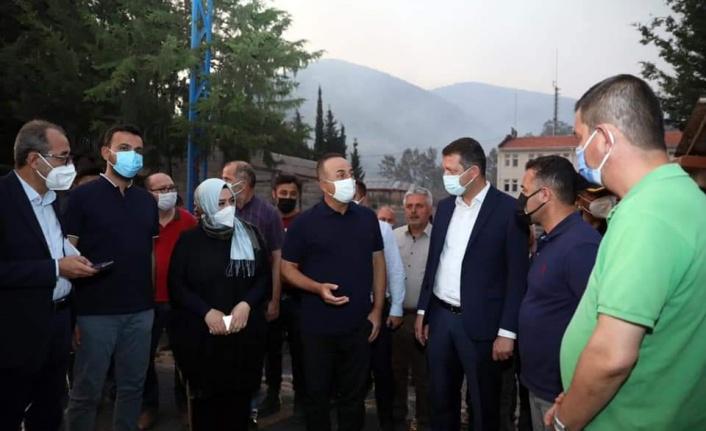 Bakan Çavuşoğlu ve Milletvekili Çelik Güzelbağ'da