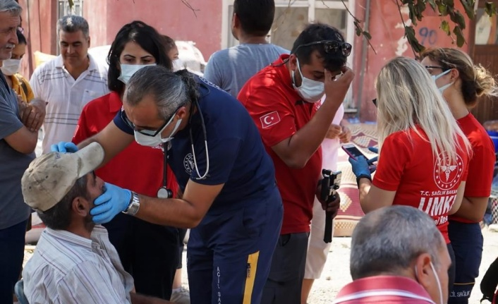 """İl Sağlık Müdürü Ünal Hülür: """"Manavgat'ta 555 kişi yangından etkilendi"""""""