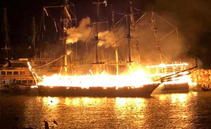 Kaymakamdan tekne yangınlarıyla ilgili açıklama