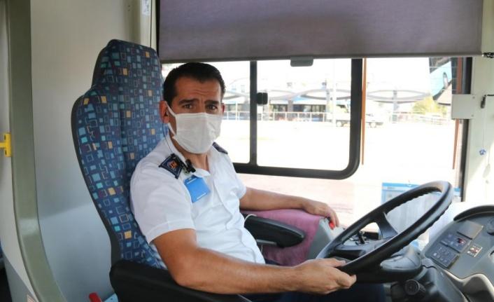 Maske takmayan kadının hakaret ve tehditler yağdırdığı otobüs şoförü konuştu