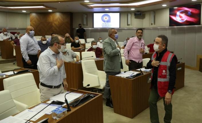 Meclisten Başkan Böcek'e uçak ve helikopter alımı için kredi yetkisi