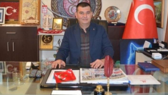 Türkdoğan: Ayinesi iştir kişinin, pankarta bakılmaz!