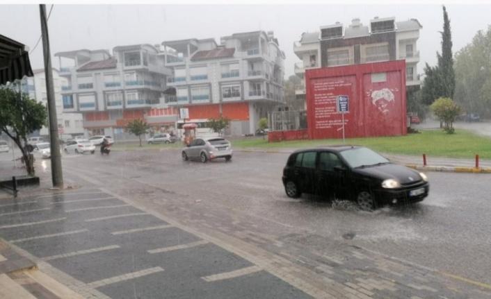 Yangın bölgesi Manavgat'ta yağmur sevinci