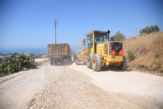 Alanya Belediyesi'nin doğudan batıya uzanan hizmet zinciri devam ediyor