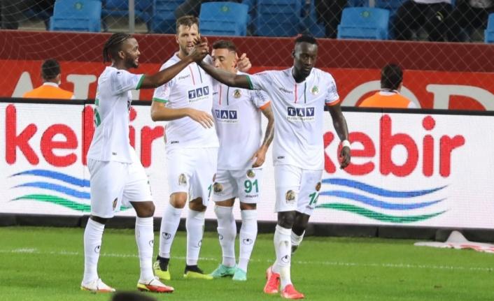 Alanyaspor Trabzon'dan 1 puanla dönüyor
