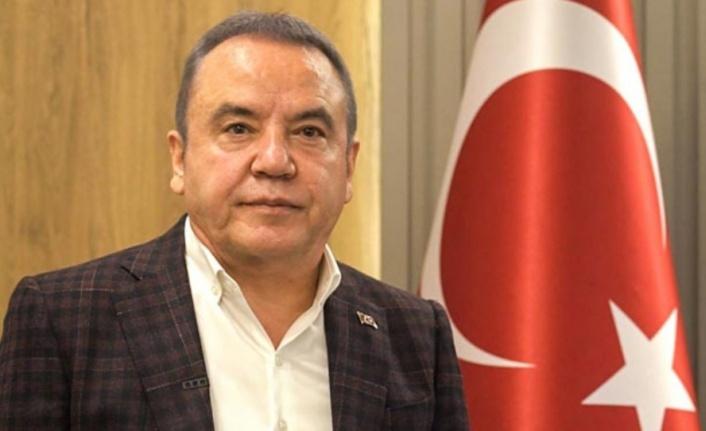 Antalya'yı korkutan depremle ilgili Böcek'ten açıklama