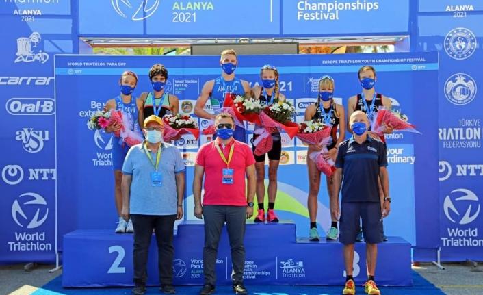 30. Alanya Triathlonunda yıldızlar festivali finali yapıldı