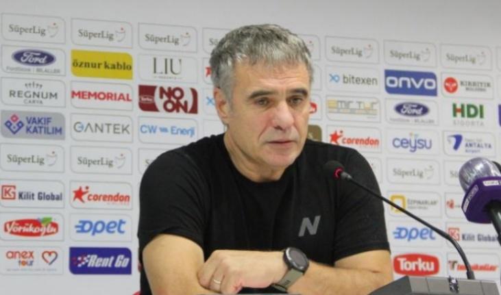 Antalyaspor, Ersun Yanal'la yollarını ayırdı