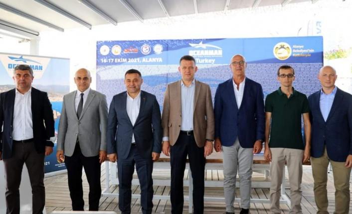Dünyanın en büyük açık su yüzme yarışı ikinci kez Alanya'da yapılacak