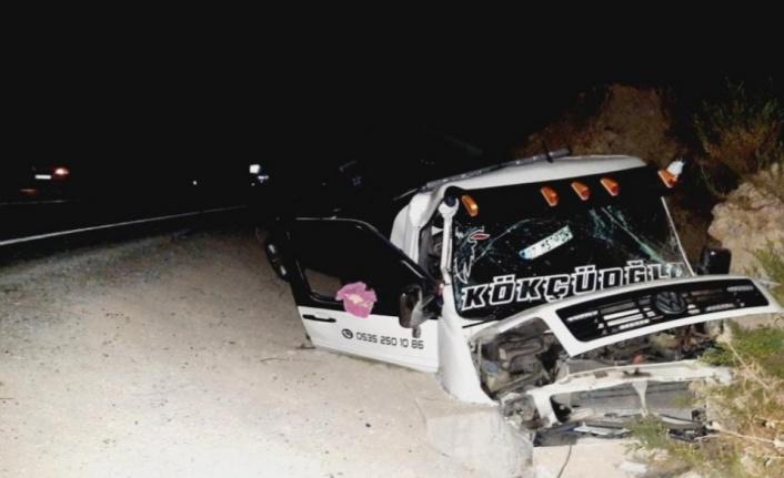 Gündoğmuş'ta feci kaza: 2 yaralı var