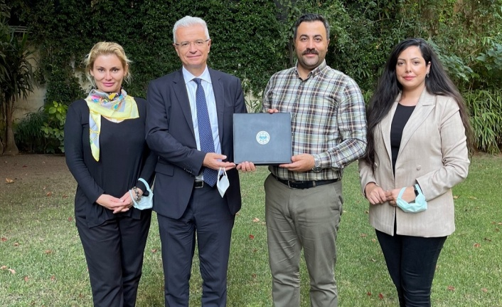 Rektör Kalan'dan Roma Büyükelçiliğine ziyaret
