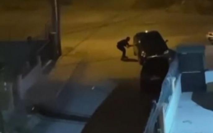 Sokak ortasında silahlı çatışma