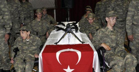 Bir Günlüğüne Asker Oldular