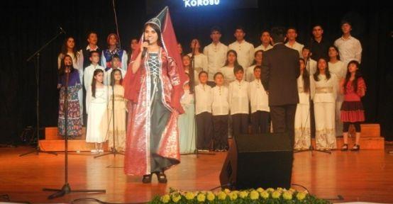 'doğuyorum Korosu' Mersin'de Konser Verdi