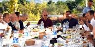 Ertekin başkanları buluşturdu
