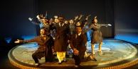 Huzurevi sakinlerinin  tiyatro keyfi