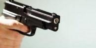 Alanya#039;da icraya gelen avukata silah çekti