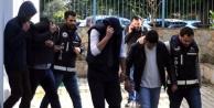 Sahte kimlikle kredi çeken 4 kişi tutuklandı