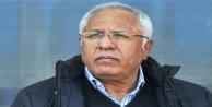 Taraftar Kalpar'ı istifaya çağırdı