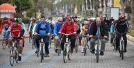 Yücel#039;den bisikletli start