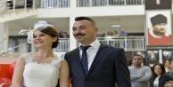 Sevgililer Gününde 15 dakikada bir nikah
