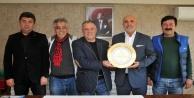 ASKF#039;den Başkan Çavuşoğlu#039;na plaket