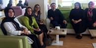 MHP#039;li kadınlar yaşlıları sevindirdi