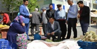 MHP pazarcılara referandumu anlattı