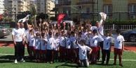 Alanya Belediyespor çocukları unutmadı