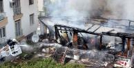 Çocukların sokakta yaktığı ateş 6 kişilik aileyi yok ediyordu