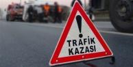 Alanya#039;da feci kaza: İki araç kafa kafaya çarpıştı
