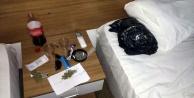 Alanya#039;da otel odasına uyuşturucu baskını