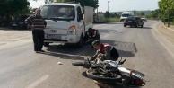 Alanya#039;da şok! Kamyonet ile motosiklet çarpıştı