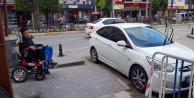 Öyle bir yere park etti ki...