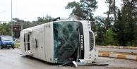 Şok! Tur otobüsü devrildi: 16 yaralı var