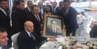 Türkdoğan#039;dan Bahçeli#039;ye hediye