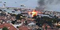1.5 milyon değerindeki lüks tekne alev alev yanarak battı
