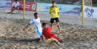Alanya'da plaj futbolu heyacanı