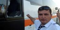 Alanya#039;ya gelen tur otobüsünü taşladı