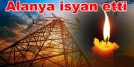 Alanya#039;da elektrik krizi! Kesintiler isyan ettirdi