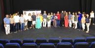 CHP#039;nin tiyatrosu ayakta alkışlandı