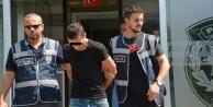 Motosikletle kapkaç yapan 2 kişi tutuklandı