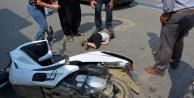 Yola fırlayan çocuğa motosiklet çarptı