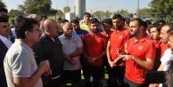 Bakan Çavuşoğlu#039;ndan, milli takıma moral ziyareti