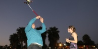 Sürpriz evlilik teklifinde yüzük drone ile gökyüzünden geldi