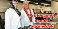 Alanya#039;nın yöresel yemekleri öğretiliyor