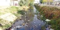 Manavgatta sulama kanalı çöplüğe döndü